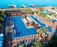 Quattro Beach Spa & Resort Hotel