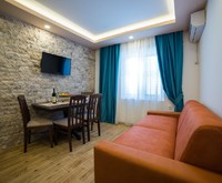 S-lux Guest House